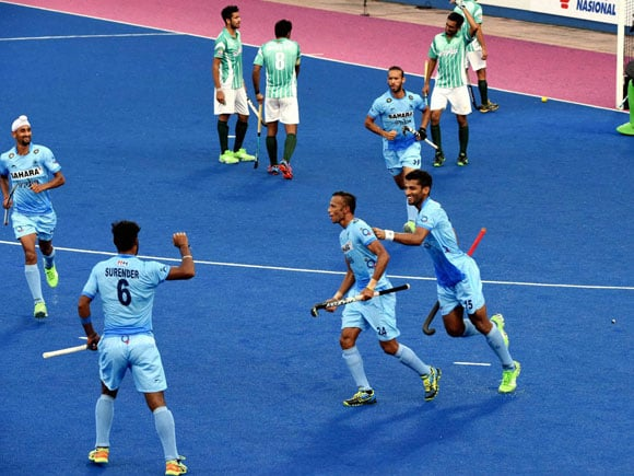 Sultan Azlan Shah Cup 2016, India vs Pakistan hockey, India vs Pakistan hockey match, Manpreet Singh, SV Sunil, Talwinder Singh, Rupinder, Hockey India, Hockey Pakistan, Hockey, Hockey Games, Hockey news, india vs pakistan hockey match 2016, india vs pakistan hockey highlights