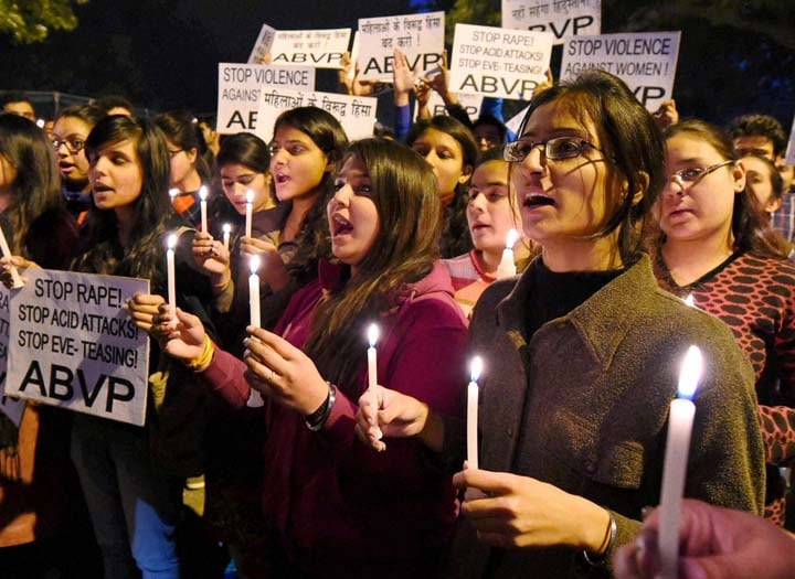 Acid attack, gang rape, New Delhi, second anniversary, deadly gang rape of student, candle light, ABVP