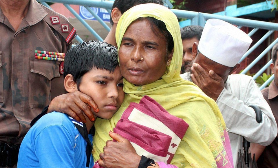 Bangladeshi, boy, hugs,mother, released, Indian, authorities, Indo-Bangladesh, Border, South Dinajpur district, West Bengal