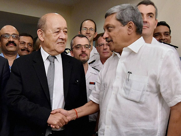 Rafale, Rafale fighter jets, Manohar Parrikar, Jean Yves Le Drian, Rafale fighter jets