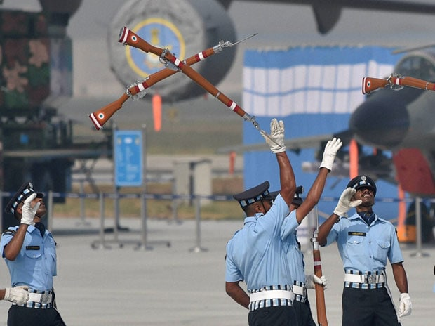 Indian Air Force, IAF, soldiers, Air Force Day, Hindon, Ghaziabad