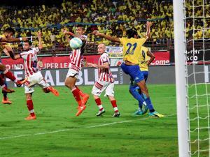 Kerala Blasters FC  scoring a goal against Atleico de Kolkata