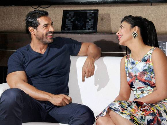 John Abraham, Shruti Haasan, Welcome Back, Welcome Back Trailer