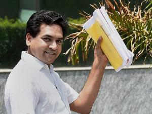 Kapil Mishra arrives for filing a complaint against Chief Minister Arvind Kejriwal