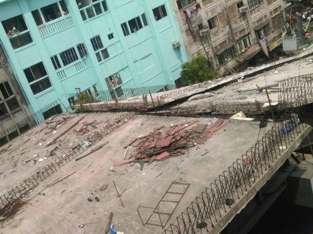 Kolkata, flyover, under-construction, bridge, collapse, debris, IVRCL