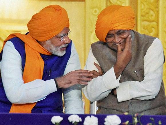 Guru Gobind Singh, Narendra Modi, Nitish Kumar, Patna