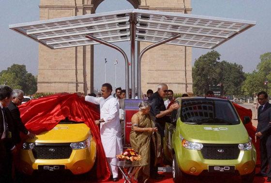 """Launch of Mahindra Reva """"e2o"""""""