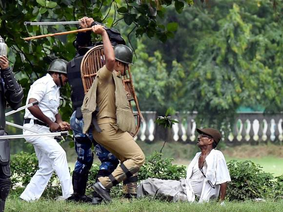 Farmer rally, Kolkata turns violent, Kolkata