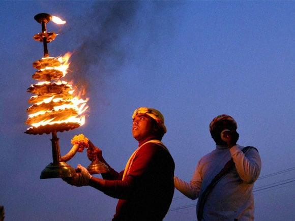 Maa Ganga Arti, Ganga Aarti,  Magh mela festival, Maghi Purnima, Allahabad