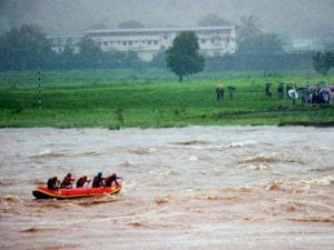 Rescue team carry out search operation after Mahad-Poladpur bridge was washed away