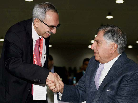Make in India Week, Maharashtra,  Maharashtra Investment Seminar, Seminar, Nadir Godrej , Ratan Tata, Godrej, Tata