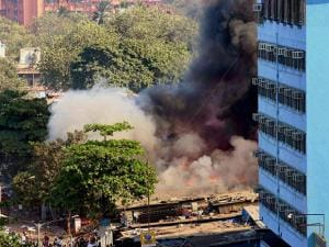 Major fire at Oshiwara in Mumbai