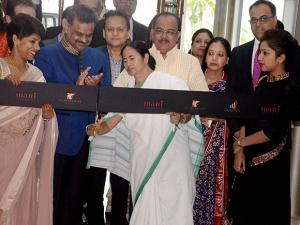 Mamata Banerjee  inaugurates JW Marriot's hotel in Kolkata