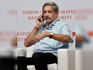 Manohar Parrikar addresses the Forum for Integrated National Security (FINS) organised interact session