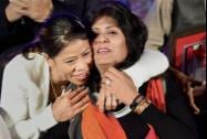 World champion Boxer MC Mary Kom felicitated paralympics athlete Deepa Malik