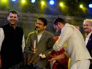 Maharashtra CM Devendra Fadanvis and Governor C Vidhyasagar Rao during the inauguration of  a cultural  program during the Make In India week in Mumbai 01