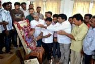 BJP activists pay tribute to Gopinath Munde