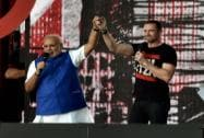 Modi holds court at Central Park