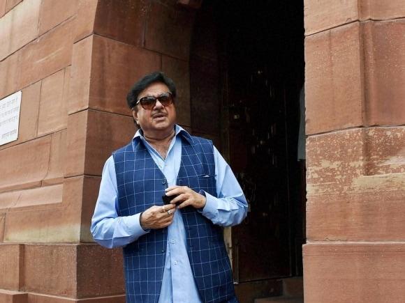 Land Bill, Parliament, Monsoon session, Narendra Modi, Sumitra Mahajan, Land Acquisition Act, BJP