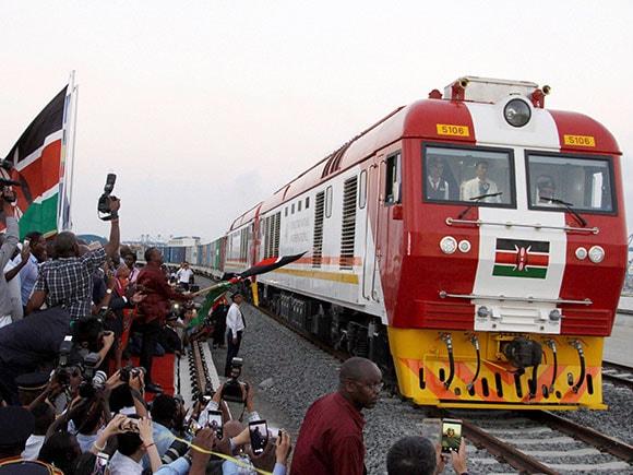 China built railway, Kenya, Africa, Chinese railway, Chen Fenjian, Uhuru Kenyatta, Kenyan President, Mombasa