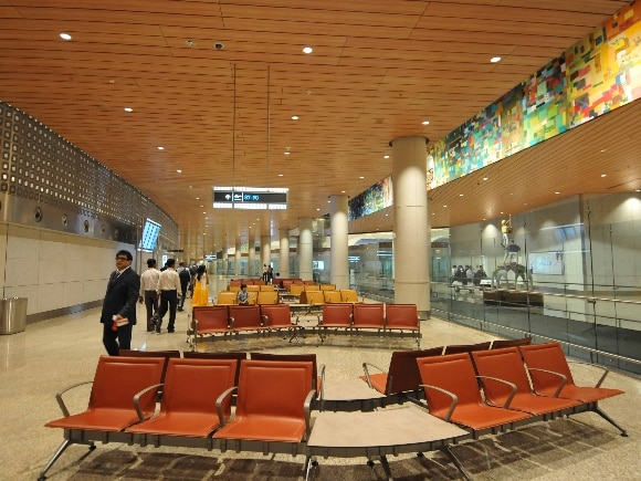 T2, Airport