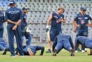 Jonty Rhodes(C) alongwith players during a practice session in Mumbai