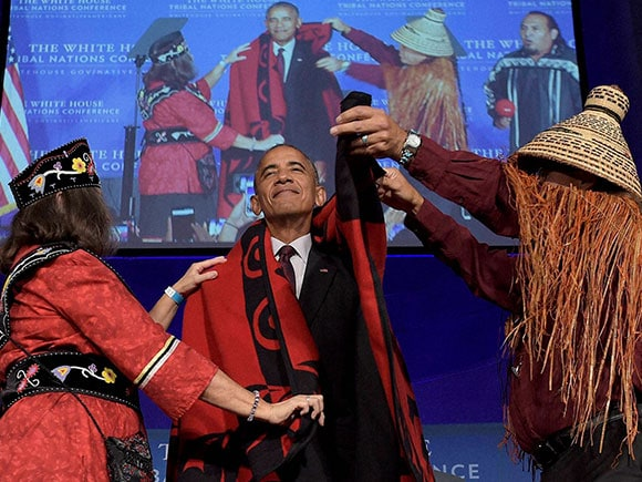 Barack Obama, Blanket, Red Indians, American natives, President Barack Obama, US President