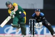 South Africa's AB de Villiers plays a shot as New Zealand's Luke Ronchi