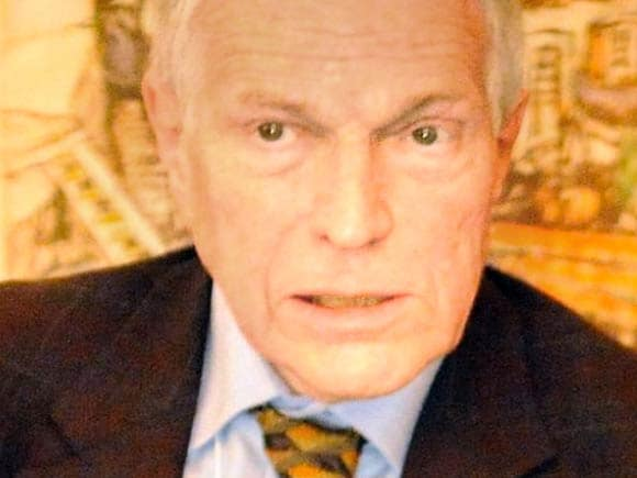 Edmund S Phelps