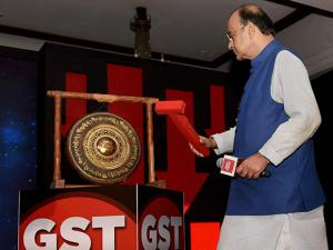 Finance Minister Arun Jaitley hitting the 'GST Bell' at India Today's Conclave on GST in Delhi