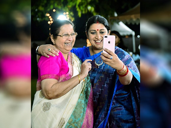Women's day, Sneh Milan, international Women's day, Lok Sabha Speaker, Smriti Irani, Sumitra Mahajan