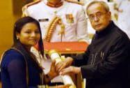 President Pranab Mukherjee presents Padma Shri to Arunima Sinha during Padma Awards 2015