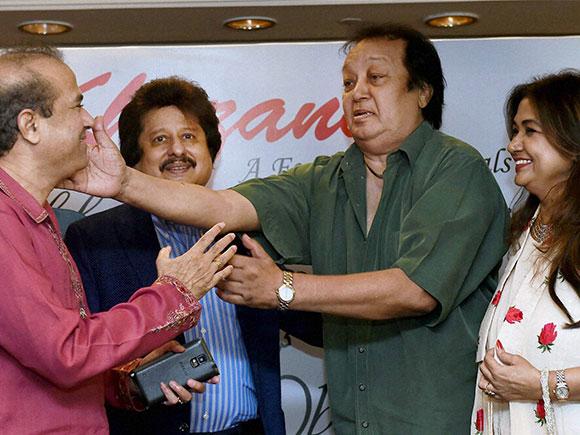 Khazana, Ghazal Festival, Ghazal singers, Anuradha Paudwal, Suresh Wadkar, Pankaj Udhas, Penaz Masani, Bhupinder Singh