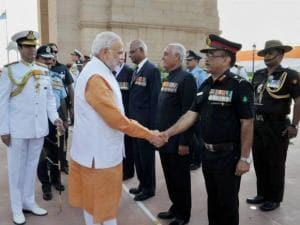 Prime Minister Narendra Modi meets war veterans of 1965