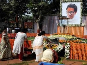 People pay tribute to Shiv Sena Supremo Balasaheb Thackeray at his memorial in Shivaji Park