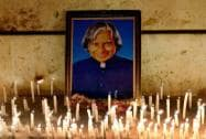 Students of Indian Institute of Science (IISC) pays tribute to former President  Abdul Kalam