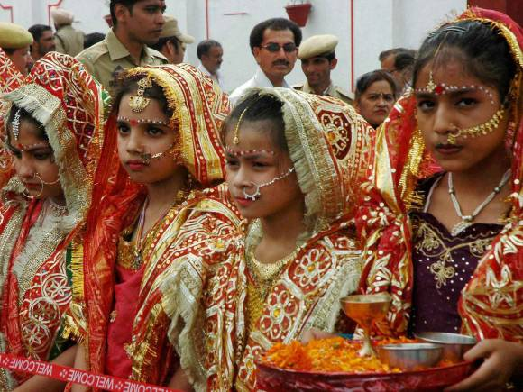 Vaishno Devi, Navratri Festival, 9 colors of Navratri, Navratri 2015 Colours, Dandiya Raas, Navratri pictures, Navratri images