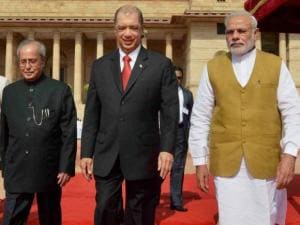 Seychelles President James Alix Michel with Pranab Mukherjee and Narendra Modi