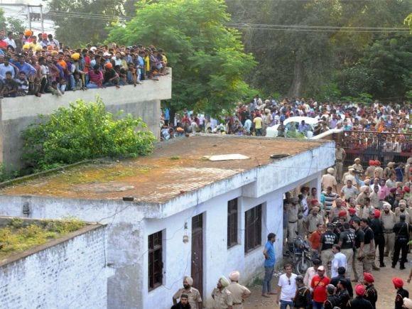 Punjab, Gurdaspur, Terror, Attack, Gurdaspur Attack, Gurdaspur Terror Attack, Army Jawan, Army, Dinanagar, Police Station