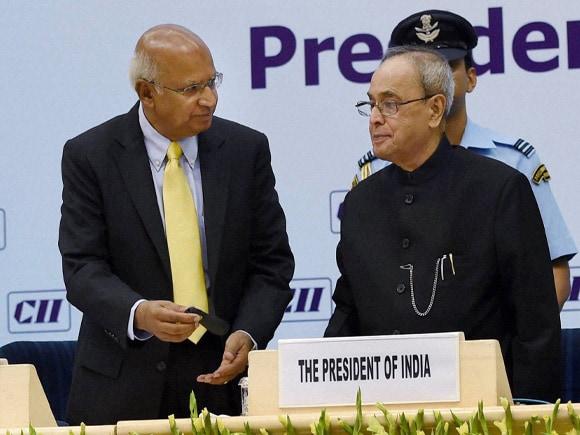 President of India, Pranab Mukherjee, pS Ramadorai, National Skill Development Agency, National Skill Development Corporation, Anjuly Chib Duggal, Secretary, Ministry of Corporate Affairs, CII president Summit, Mazumdar