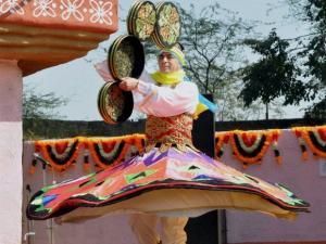 an egyptian artist performs at choti chopal during surajkund  international crafts mela in faridabad