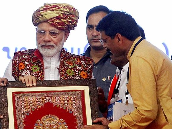 Narmada, Narendra Modi, Tappar dam, Kutch, Narmada Water, Pumping Station