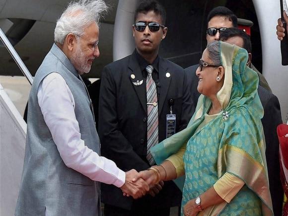 Prime Minister of India, Narendra Modi, Prime Minister of Bangladesh, Sheikh Hasina, Mamata Banerjee, Dhaka ,Bangladesh, PM Modi, Modi, Hazrat Shahjalal International Airport