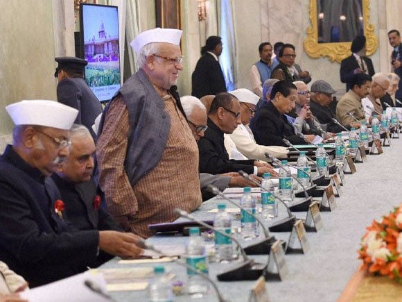 Rashtrapati Bhavan, Prime Minister of india,  Narendra Modi, President of india, Pranab Mukherjee, Home Minister of india, Rajnath Singh,  External Affairs Minister of india, Sushma Swaraj,  Bihar Governor,  Keshari Nath Tripathi