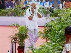 Prime Minister Narendra Modi arrives for the 2nd International Day of Yoga at the Capitol Complex
