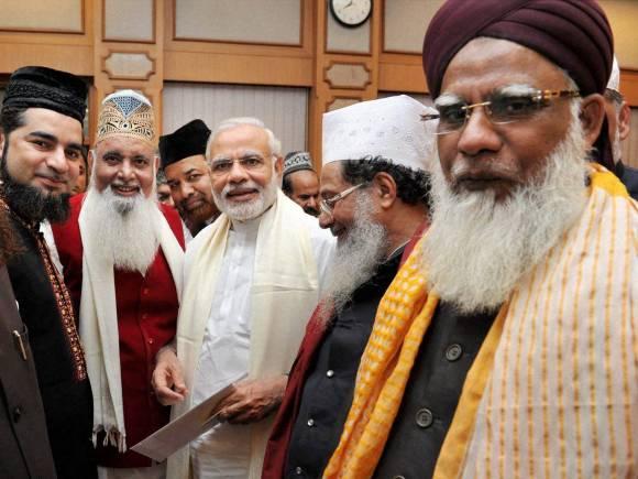 Social media, Sufi ideology, Aiumb, Indian ethos, Sufi scholars, Narendra Modi, PM Modi, Prime Minister of India, Prime Minister Narendra Modi, Prime Minister Modi, PM House, New Delhi