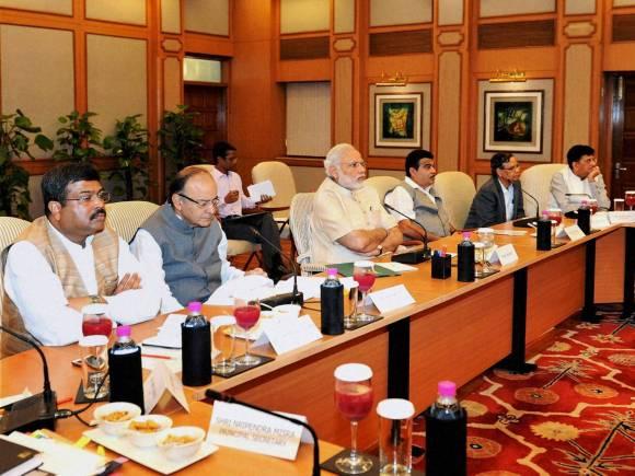 Narendra Modi, Finance Minister of India, Arun Jaitley, Global Economic, New Delhi