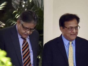 Yes Bank CEO Rana Kapoor and CII chief Sumit Majumdar