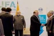 PM Modi meets Nawaz Sharif at Ufa in Russia