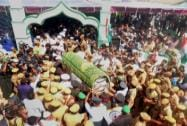 People participate in the funeral procession of APJ Abdul Kalam